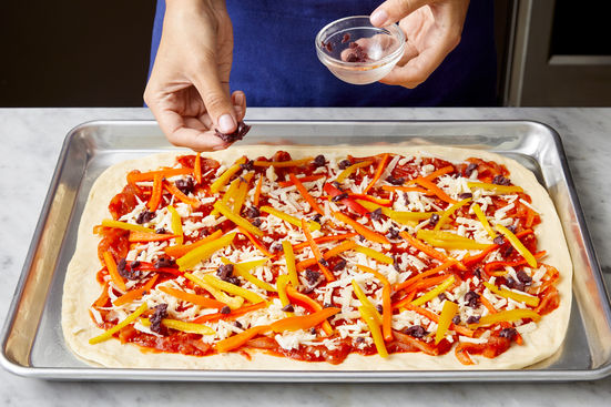 0507_2PV2_Pepper-Onion-Pizza_0641_WEB_high_feature